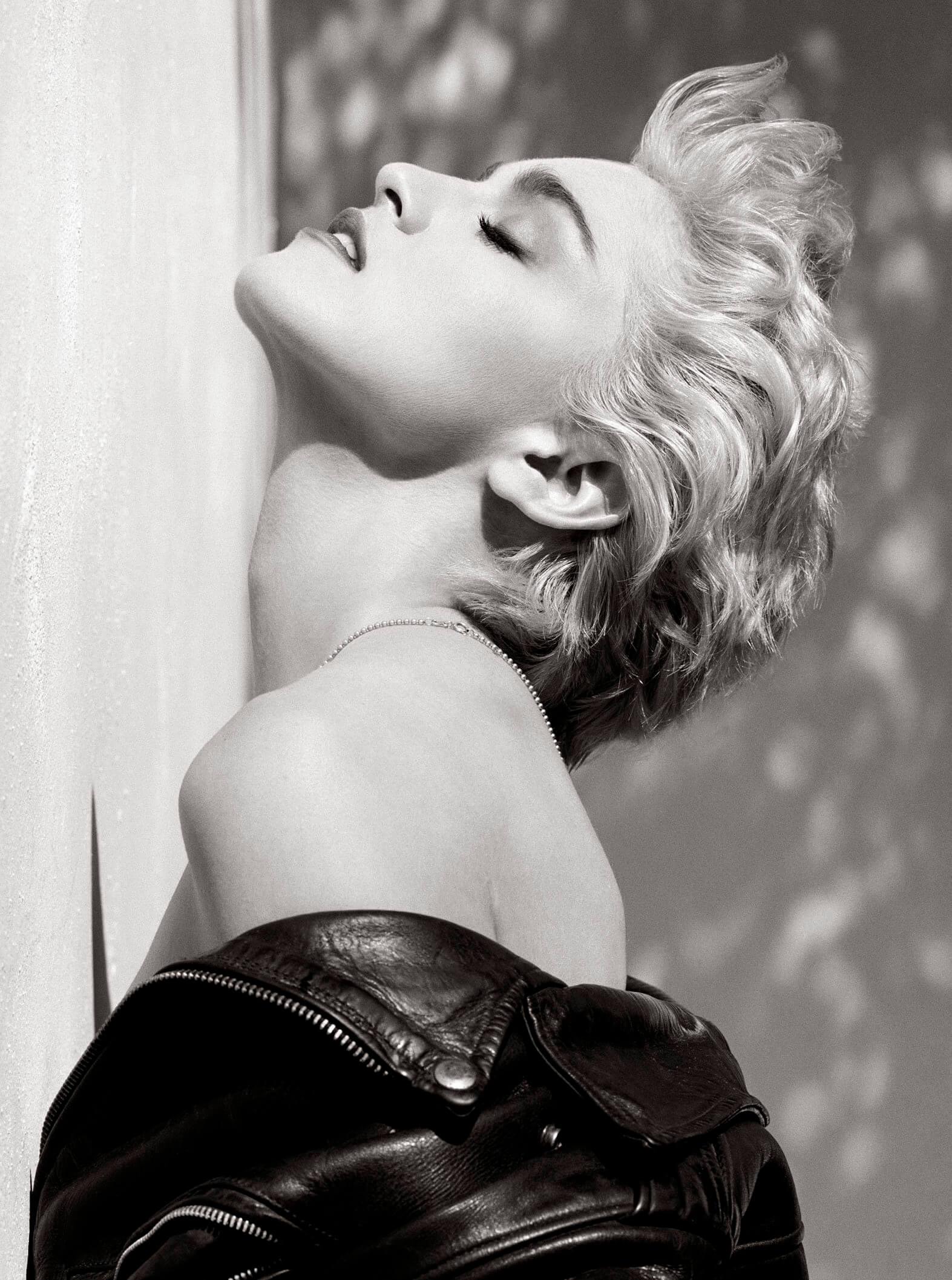 Madonna-True-Blue-Herb-Ritts-e1506841626