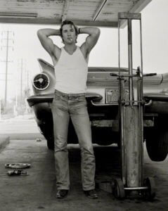 Richard Gere, San Bernardino, Herb Ritts, 1977<br /> © Copyright Herb Ritts Foundation